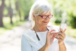 Mobile phone and hearing aid work together